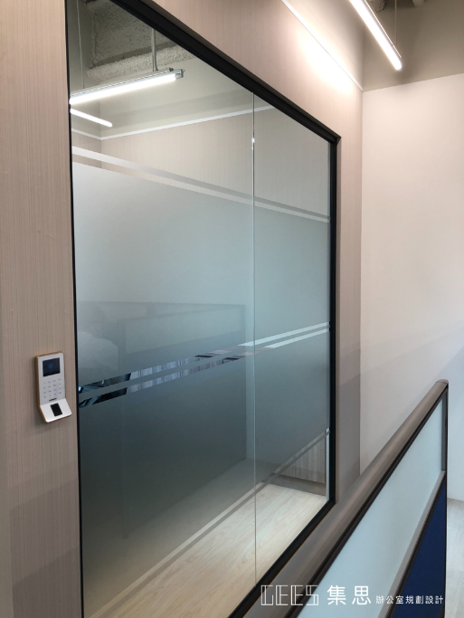 鋁框玻璃隔間