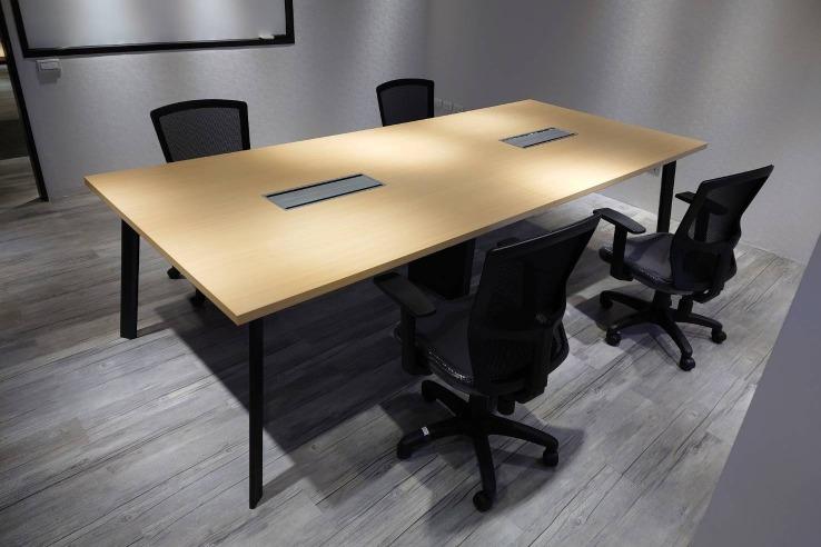 TGA 會議桌