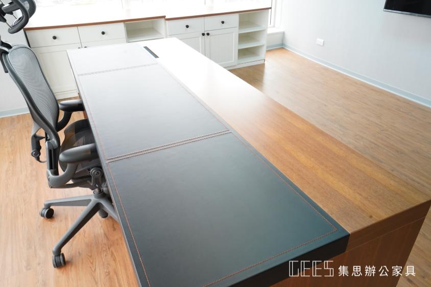高級木製主管桌