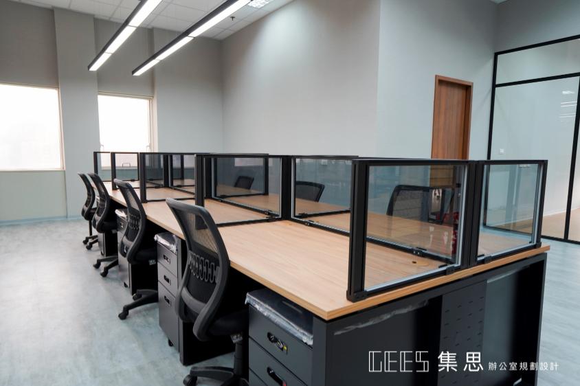 工業風辦公桌