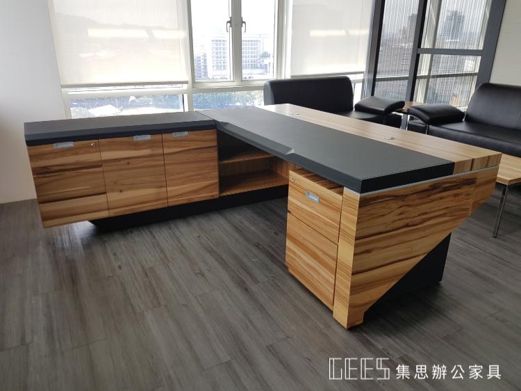 木製馬鞍皮主管桌